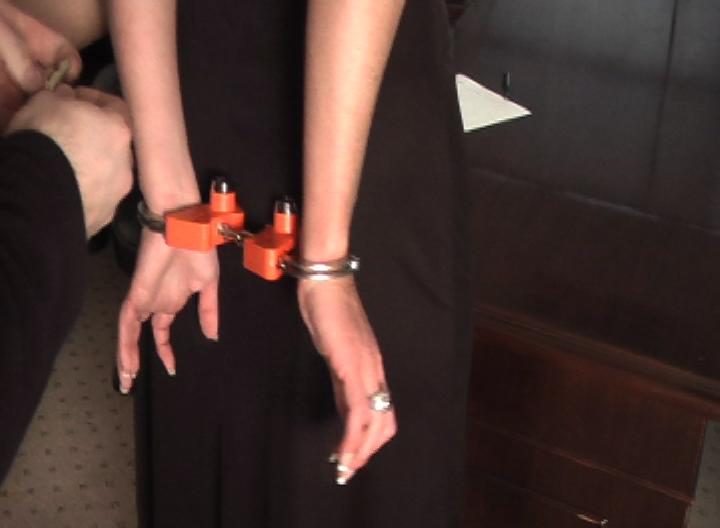 Christina Carter finally captured part#1: gotcuffs.com/content/?cat=34