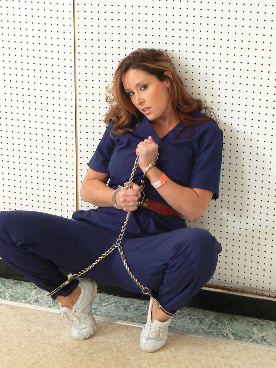 Christina Carter Photos: gotcuffs.com/content/?cat=34