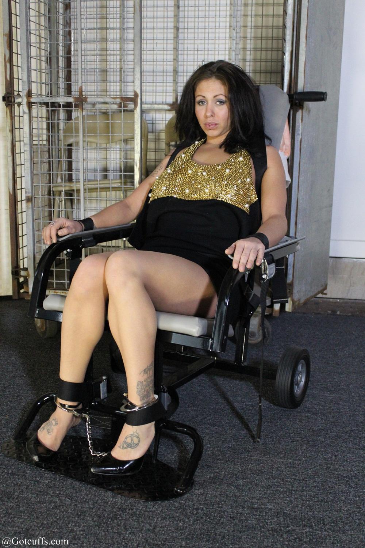 Ariyana in the chair 3